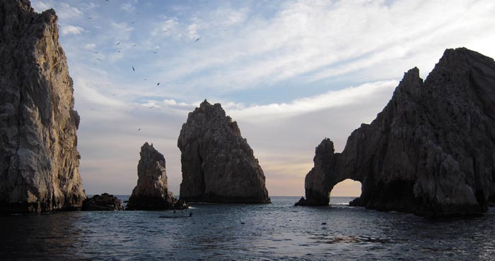 Los Arcos at the tip of the Baja California Peninnsula