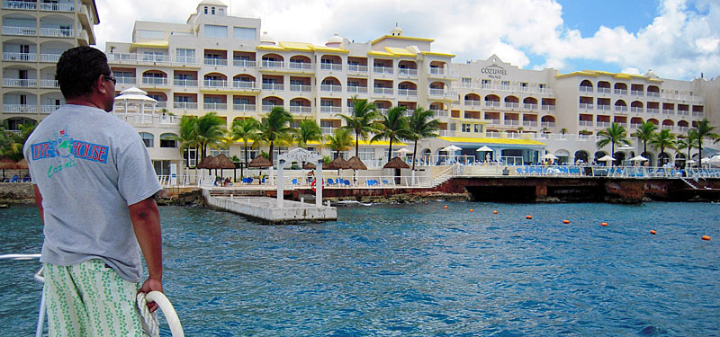 In Cozumel, the bottom-line is more than just great bottom-time! - Image copyright Ken Knezick, Island Dreams